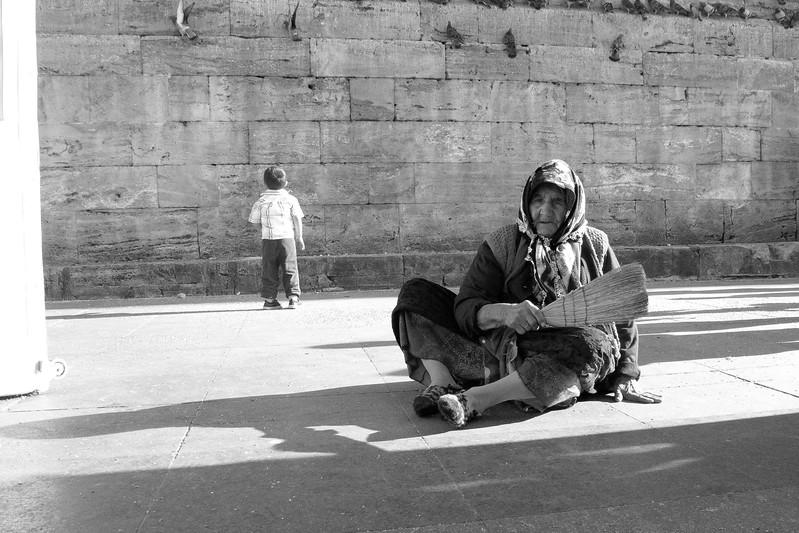 La vieille femme et l'enfant, Istanbul, Turquie