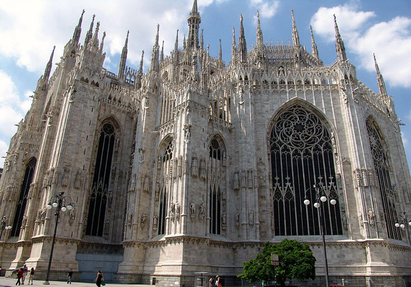 Duomo di Milano (Milan Cathedral) - a Gothic cathedral constructed of Candoglia marble, which took nearly 6 centuries to complete, started in 1386 and completed in 1965 - it measures 515 ft. (157 m) long, 302 ft. (92 m) wide, 215 ft. (66 m) outer dome height, and 349 ft. (107 m) spire height - Milan