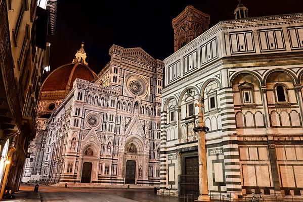 4:00 am. Duomo.