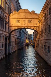 Ponte dei Sospiri (Bridge of Sighs), Venice