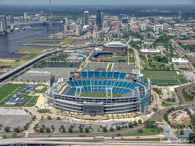 JAX Dwntn Stadium from air-1