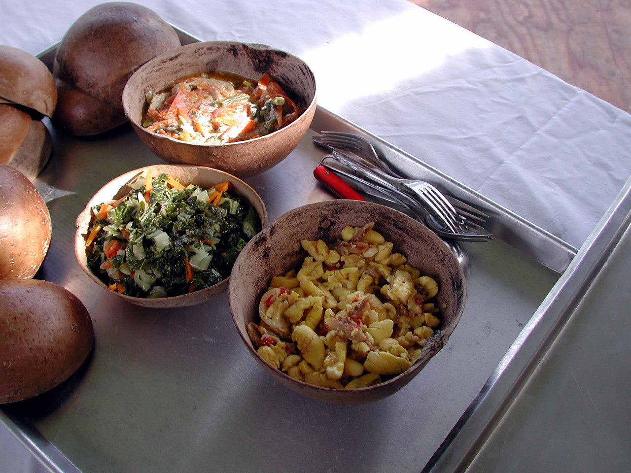 ackee fruit w/saltfish, callaloo w/mixed veggies, coconut vegetable stew served in calabash bowls -- one of the best meals we ever shared.<br /> <br /> ah tell ya, i can always eat italian but my body'ld rather have ital.