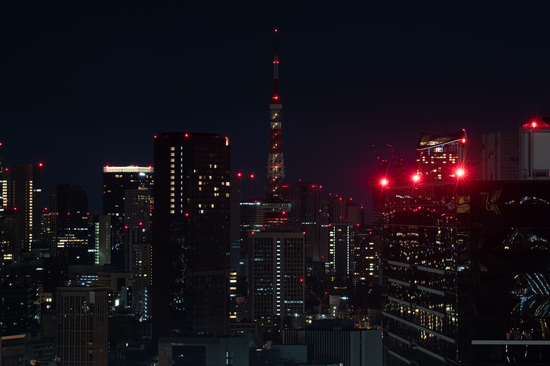 Tokyo Tower with most of its lights off.
