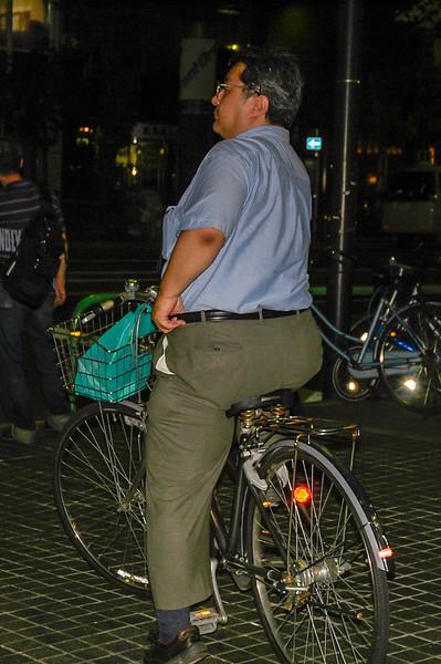 (Akihabara, Tokyo, JP - 08/06/04, 6:34:10 PM)