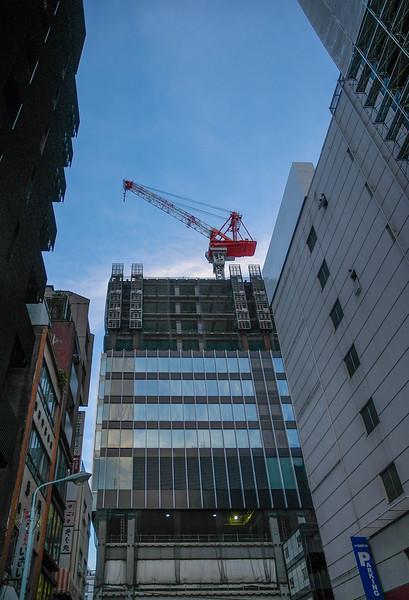(Akihabara, Tokyo, JP - 08/06/04, 5:25:26 PM)