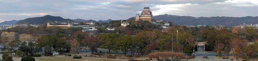 This is another big panorama this time of Himeji Castle.  This one started out at 11500 x 2500 (24.8 MegaPixels) - 5 pictures.   I look forward to getting out to this location again during the Cherry blossom season hopefully with some nicer weather and more color.