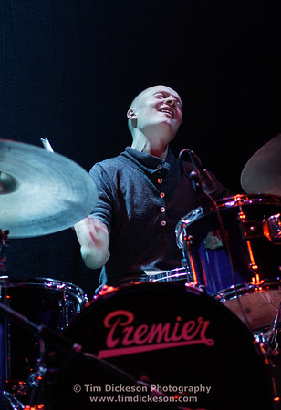 Olavo Louhivuori (Drums), Osmo Ikonen (Cello, Vocals), Lasse Sakara (Guitar), Lasse Lindgren (Bass)