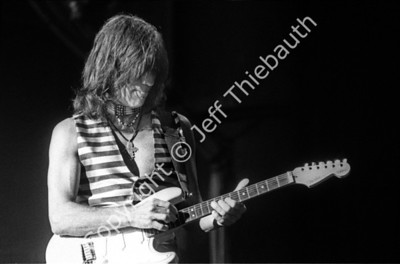 04-Jeff Beck-Great Woods-8-13-95