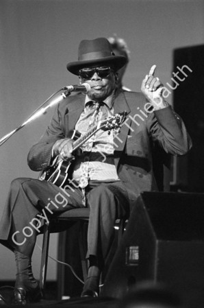 01-John Lee Hooker-Great Woods-6-24-90