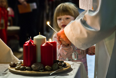 Advent 2 - Lighting the Candle