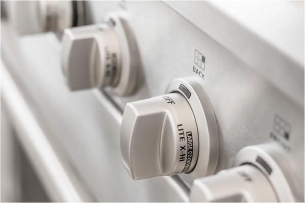 Detail Oven Range