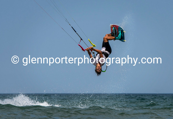 Kitesurfing Bay of Roses, Spain