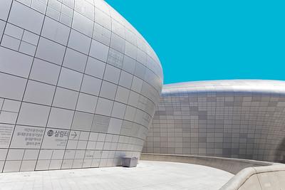 Dongdaemun Design Plaza, Seoul, Korea (9)