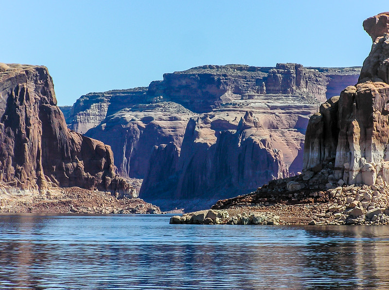 Sandstone Towers of Lake Powell