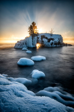 Hollow Rock Winter Sunrise