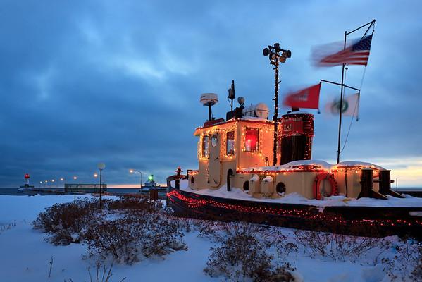 Winter Breeze - Bayfield Tug
