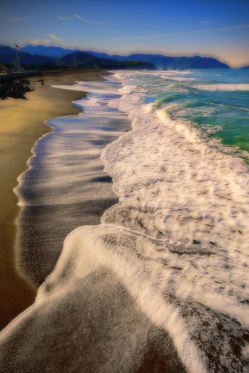 Chromatic Aberration at the Beach