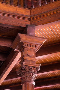 Support Column at the Long Island Historical Society Building