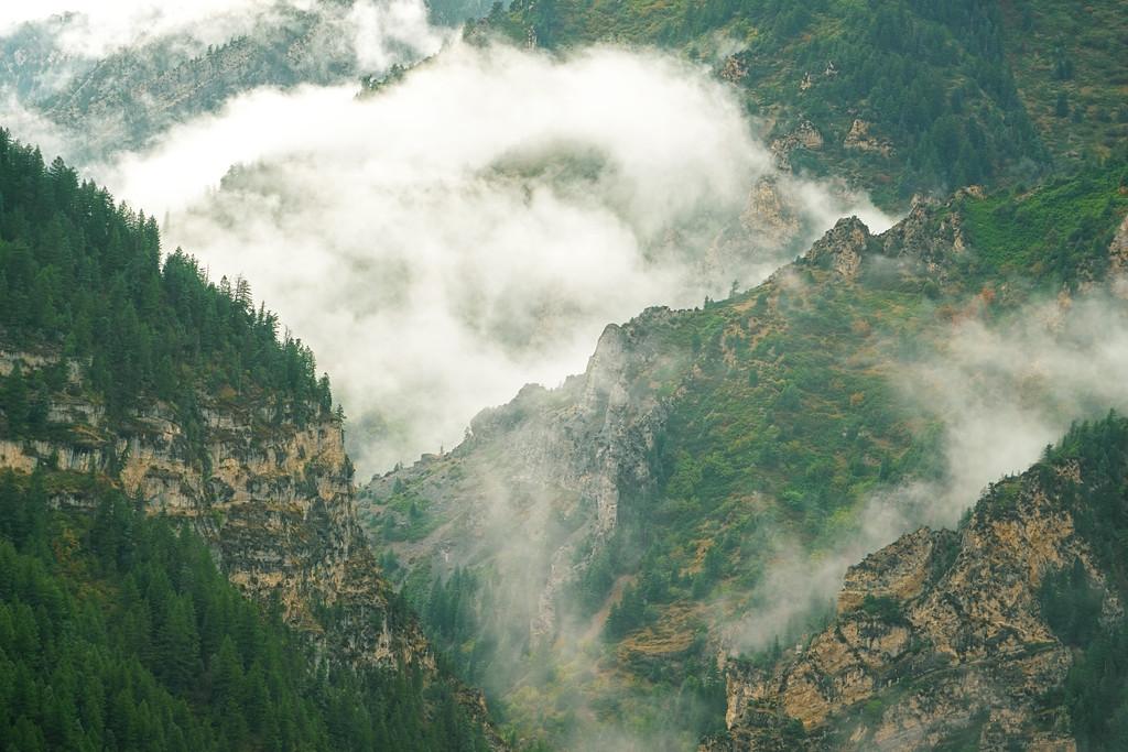 Misty Mountain Valleys 2