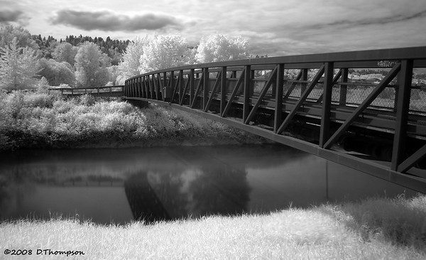 Playing around with infrared at the Green River.