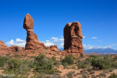Balanced Rock (Arches National Park, Utah)