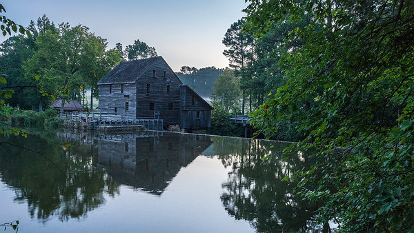 Dawn at Yates Mill