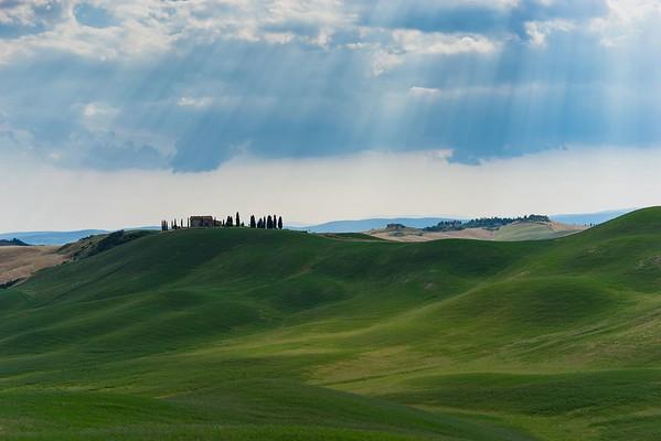 Green Hills | Tuscany, Italy