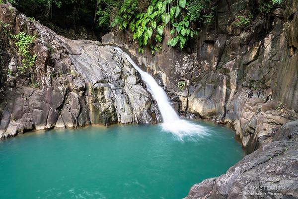 "waterfall ""Saut d'Acomat"""