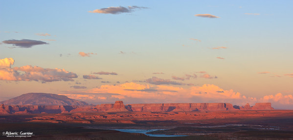 Lake Powell - Scenic View (Utah, USA)