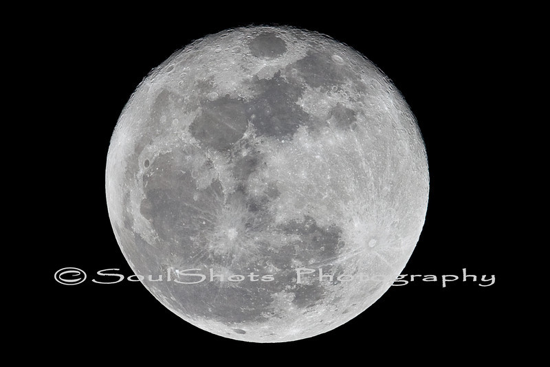 WOLF MOON FROM LAKE HENSHAW 1-30-2010