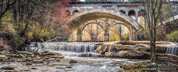 Tinkers Creek - Photography by Wayne Heim