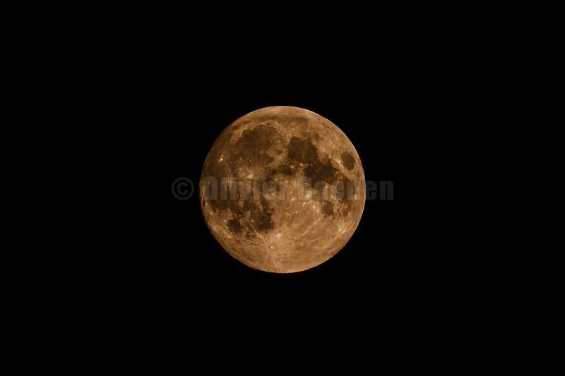 Full Moon © 2018 Olivier Caenen, tous droits reserves