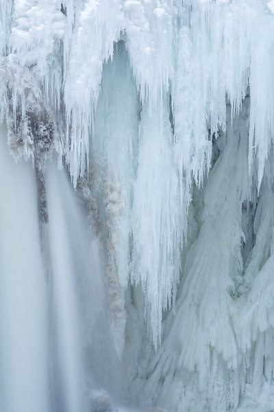 ICE CASTLES OF MINNEOPA