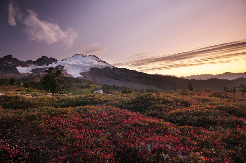 DAWN ON MOUNT BAKER
