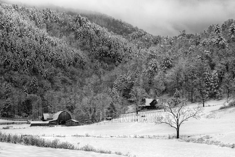 Winter Farmstead, Townsend, Tennessee