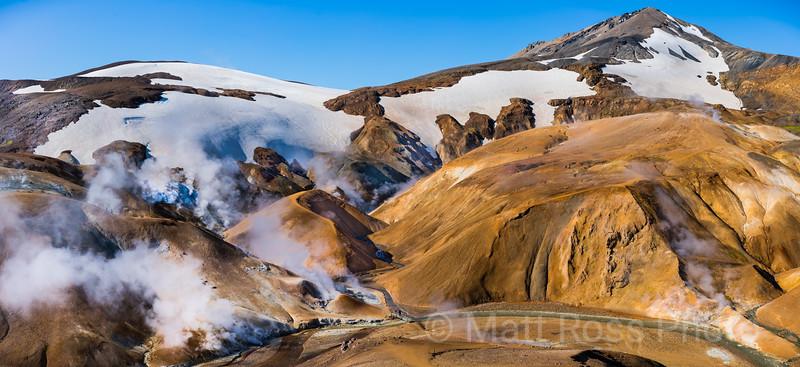 KERLINGARFJOLL MOUNTAINS, ICELAND HIGHLANDS