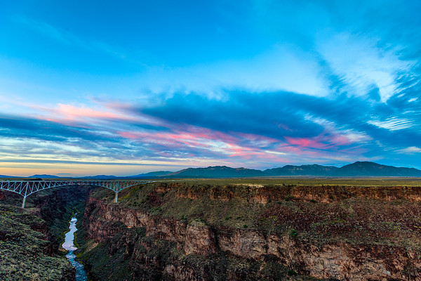 Oh just a 565' high arch bridge over the Rio Grande gorge. Yeah, the southwest U.S. Is pretty amazing. || #Taos #sunset #sky #riogrande #river #newmexico • • • • • • #travel #photography #wanderlust #traveling #instatravel #instago #photooftheday #travelling #instapassport #instatraveling #mytravelgram #travelgram #travelingram #photo #photos #pic #pics #picture #pictures #art #beautiful #instagood #picoftheday