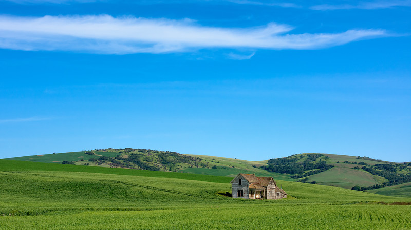 Weber farmhouse in a timeless setting