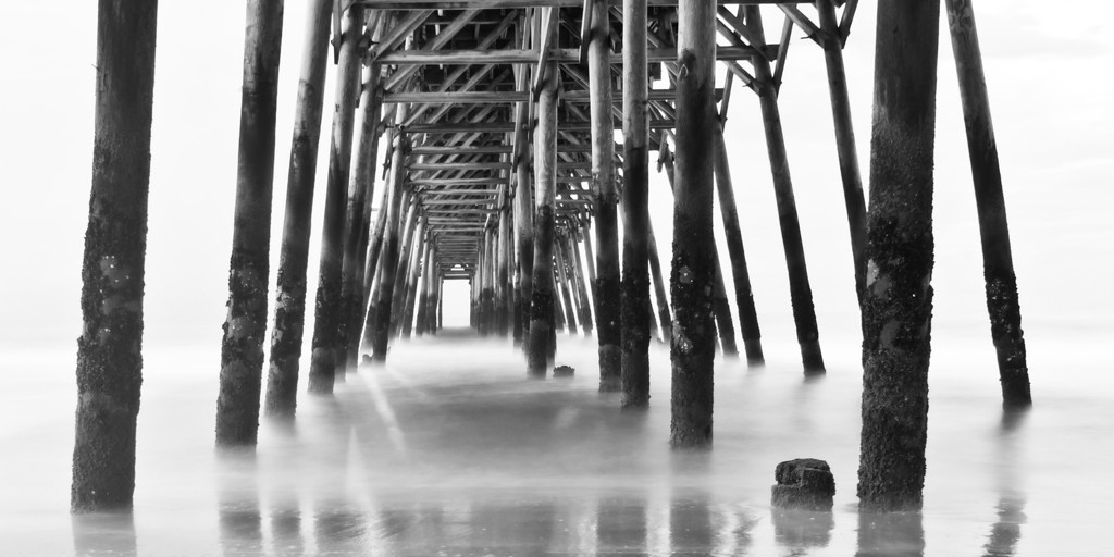 """""""Vanishing Point"""" - Myrtle Beach, South Carolina   Recommended Print sizes*:  4x8  