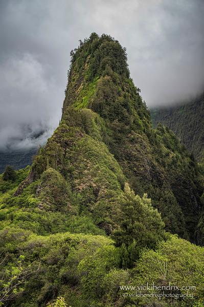 Kuka 'emoku, or 'Iao Needle - Maui, Hawaii