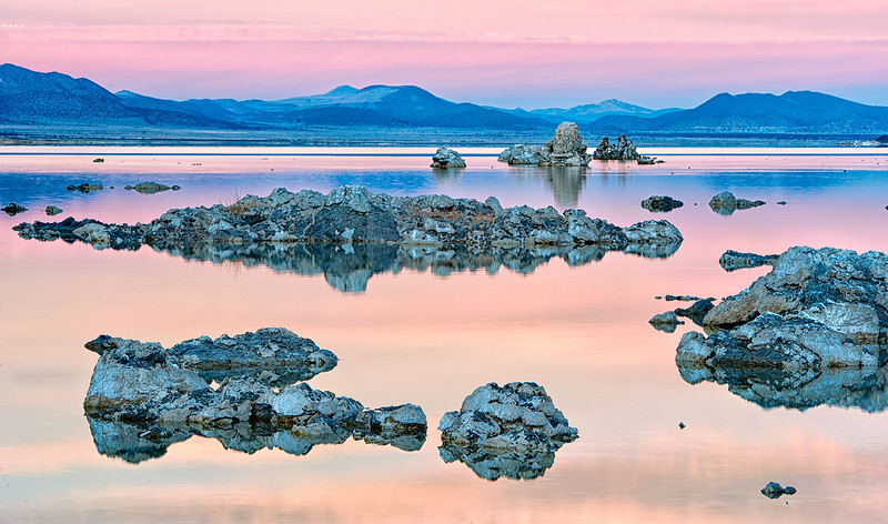"""Mono Lake<br /> Eastern Sierra Mountains<br /> California<br /> <br /> <a href=""""http://www.monolake.org/"""">http://www.monolake.org/</a><br /> <br /> Photo by Ron Bernstein 11/21/11 at 2:38:46 PM with a NIKON D3 set to ISO of 200, shutter speed of 1/3 at f/14."""