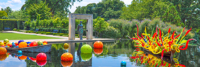 Chihuly exhibit at the Dallas Arboretum