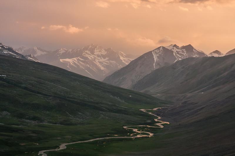 Distant peaks in the upper Kaghan