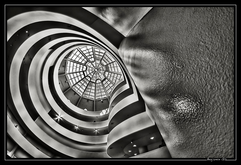 Let's run in Guggenheim curves