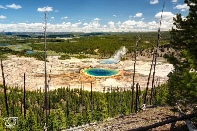 United colors of Yellowstone