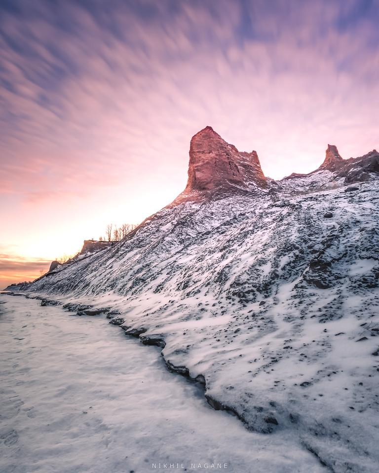 Chilly sunrise at Chimney Bluffs