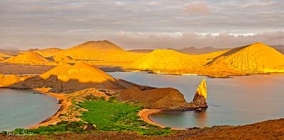 Sunrise at Bartolome Island