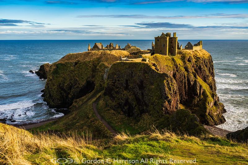 Photo 3328: Dunottar Castle, Scotland