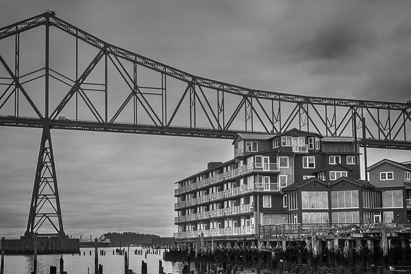 """""""Rooftop Bridge"""", Astoria"""