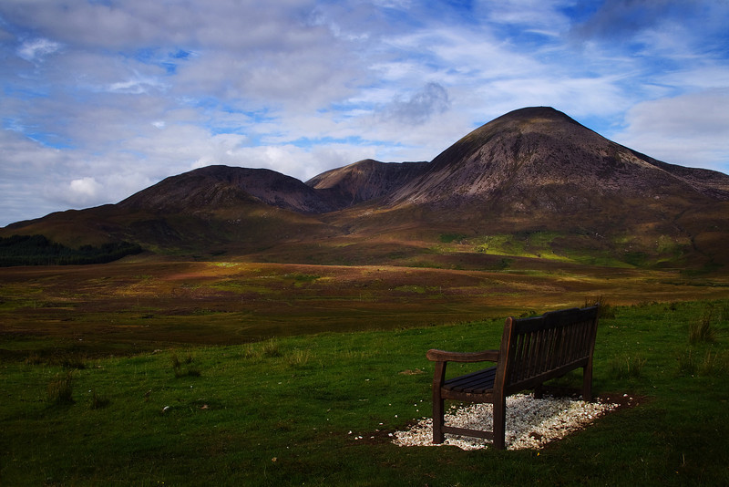 A seat to look at the red Cuillins of Skye.
